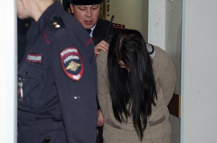 Среди обвиняемых в нападении и убийстве - девушка, медсестра по профессии.