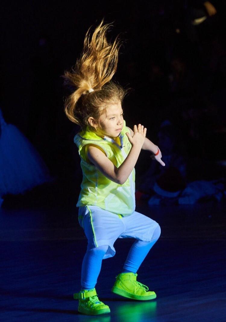В свои шесть лет ростовчанка очень популярна. Фото: страница Вконтакте Полины Бесединой.