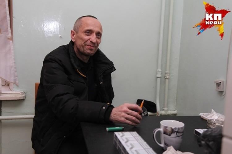 """Попков во время интервью корреспонденту """"Комсомольской правды""""."""