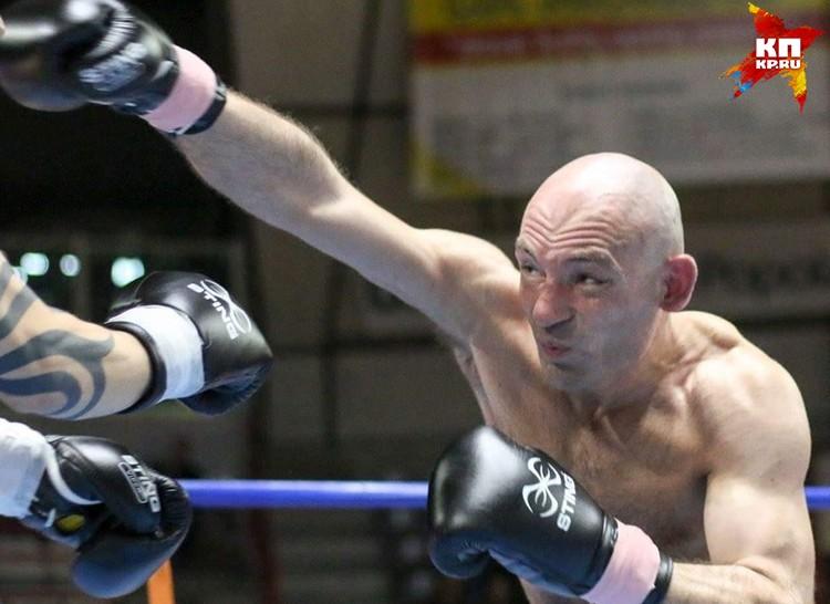 Итальянский папа Кристиана занимается боксом.
