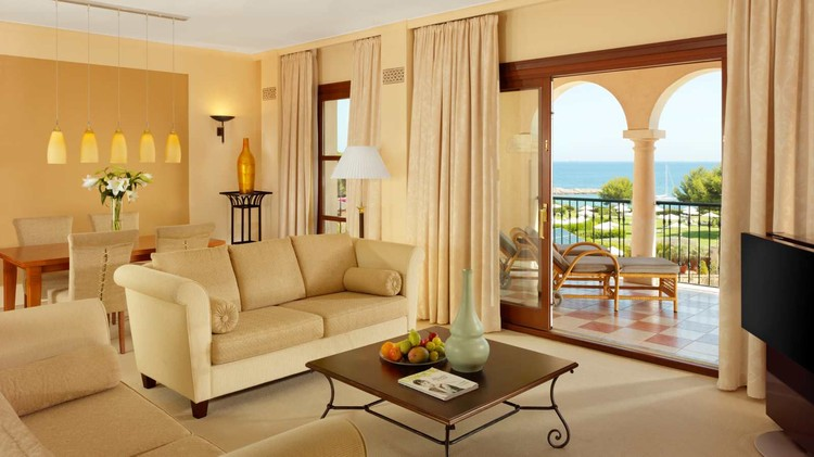 Интерьер отеля St. Regis Mardavall Mallorca Resort