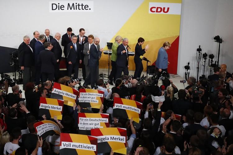 В любом случае, по итогам партия-лидер (или их коалиция) должна сформировать новое правительство во главе с канцлером