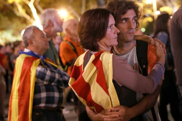 Такое решение стало жутким разочарованием для тех, кто надеялся на независимость Каталонии.