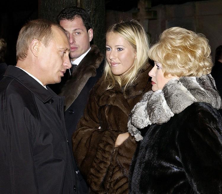 Ксения Собчак считает себя обязанной Владимиру Путину. Фото Алексея Панова (ТАСС)