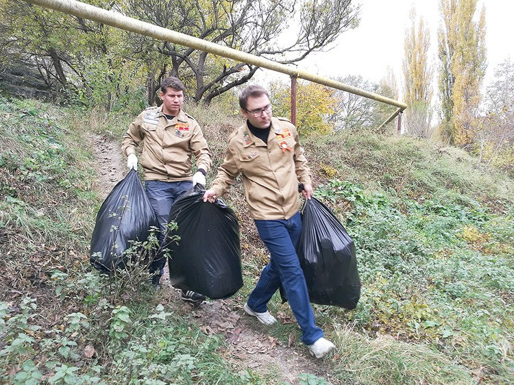 Субботник по уборке исторического памятника Чокурча.