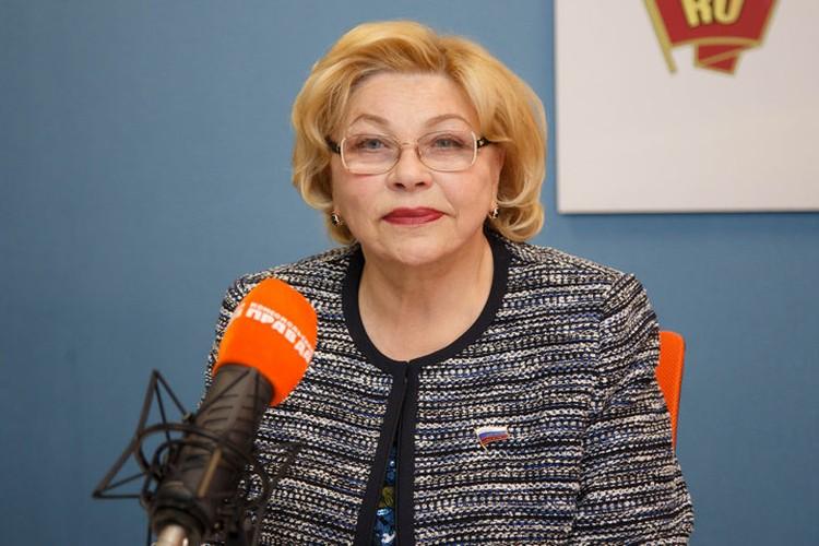 Елена Драпеко поделилась воспоминаниями о Людмиле Сенчиной.