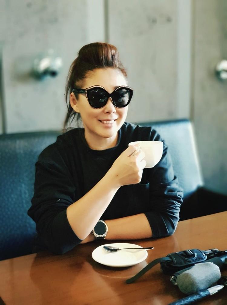 Анита Цой является режиссером своей концертной программы