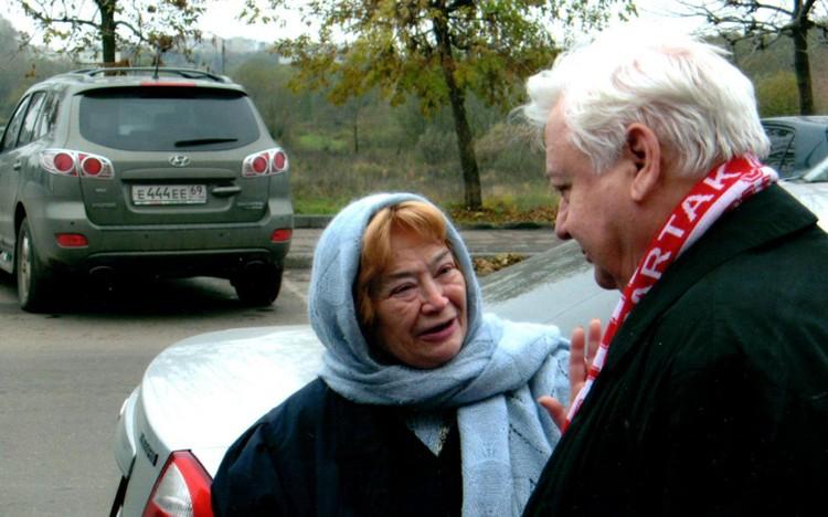 Вера Андреевна почитала Олега Табакова. Относилась к нему с материнской нежностью. Фото:из архива Веры Ефремовой