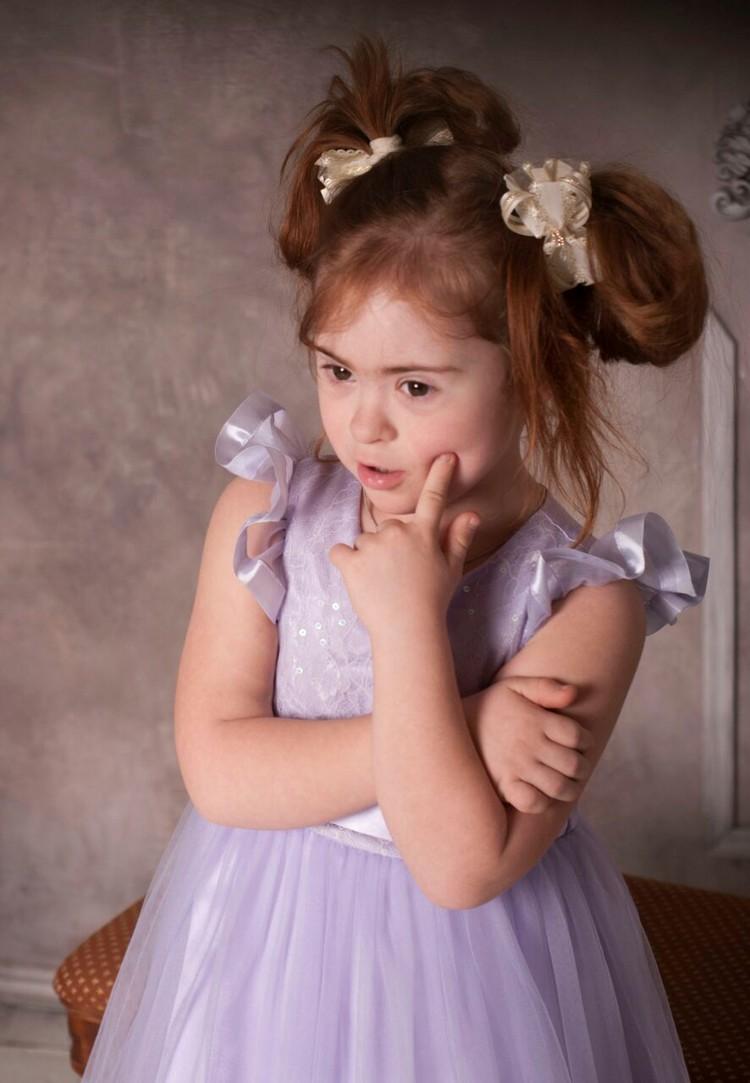 7-летняя Наташа Литвиненко стала победительницей конкурса «ТОП-модель-2018». Фото: предоставлено Надеждой Литвиненко.