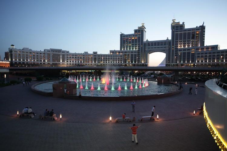 Добраться из Челябинска до Астаны можно быстро. Фото: Сергей ШАХИДЖАНЯН.