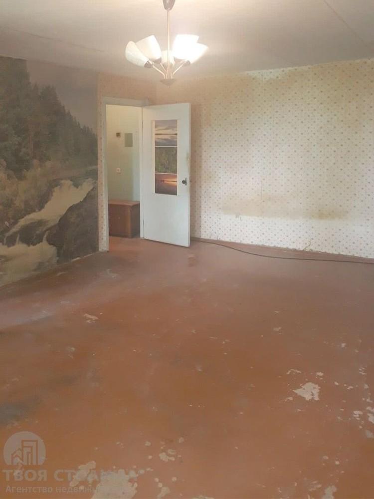 Вот такую однушку за 42 тысячи долларов сейчас продают на улице Платонова. Дому - 54 года. Судя по всему, ремонту тоже. Фото с сайта domovita.by