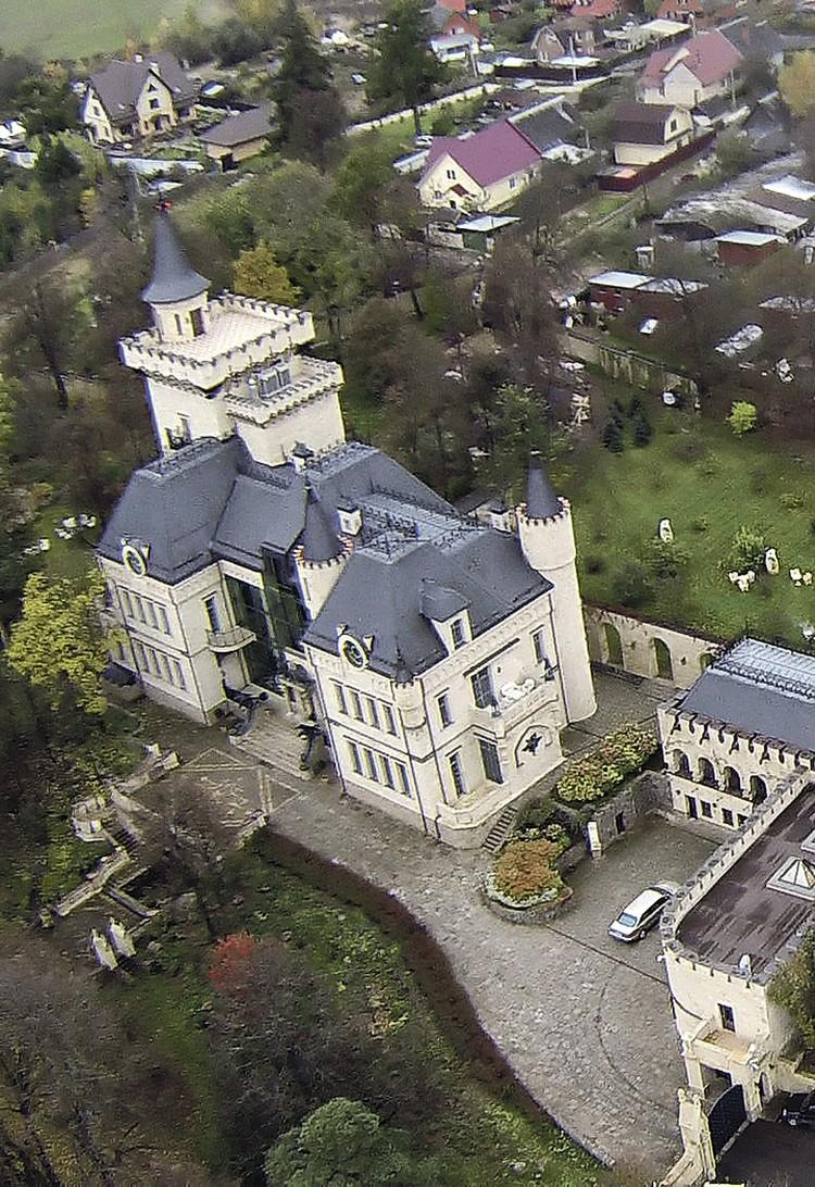 Максим Галкин с юности мечтал жить в замке.