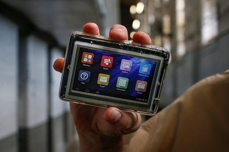 Планшетные устройства компания JPay предоставила заключенным для игр и соцсетей