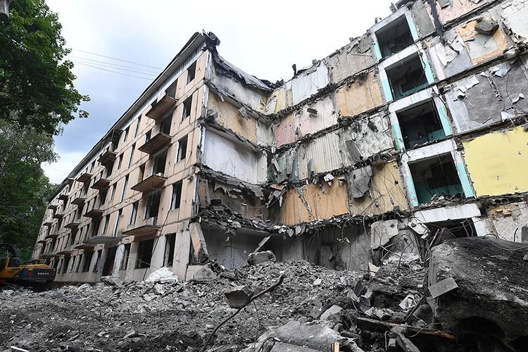 «Умный снос» станет стандартом программы реновации пятиэтажек