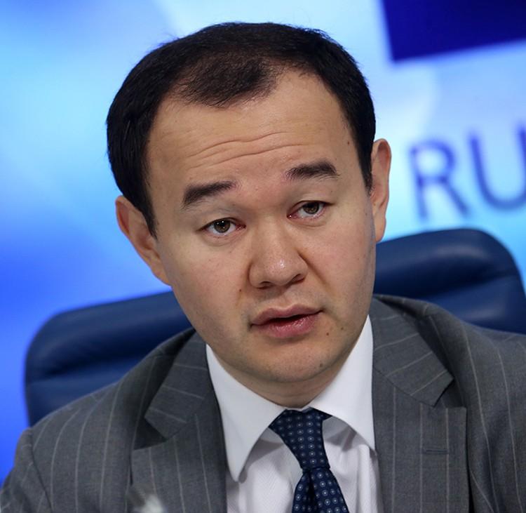 Директор Департамента автомобильной промышленности Денис Пак. Фото: Антон Новодережкин/ТАСС