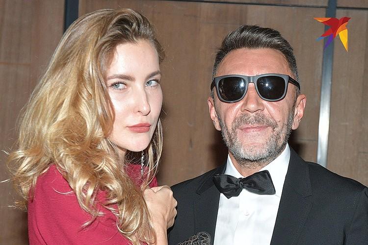 Сергей Шнуров и его новая женщина Ольга Абрамова.