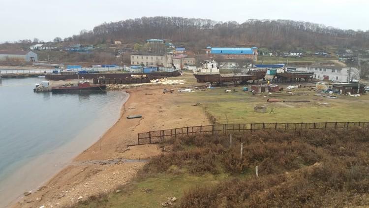 Раньше база в бухте Средняя принадлежала «ТИНРО-центру». Фото: Нина Зырянова