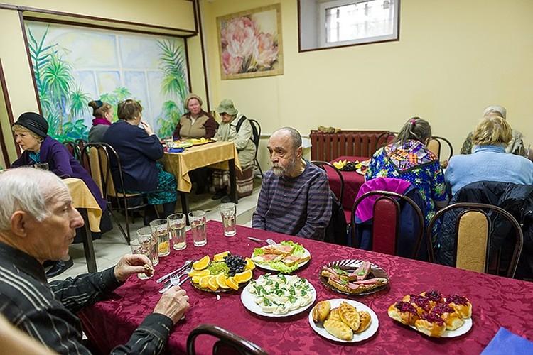 Такие социальные столовые, как в Петербурге, могут появиться во многих городах страны.