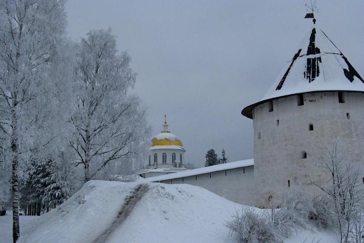 а рождественское богослужение можно отправиться в Печоры. Фото: Анастасия Морозова.