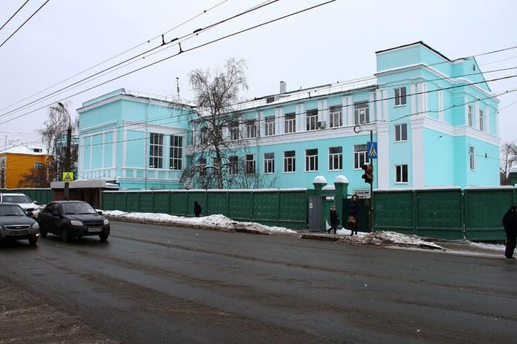 Психиатрическая клиника на улице Июльских дней не производит впечатления неприступной крепости