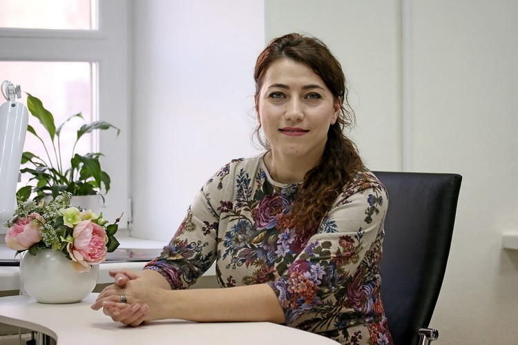 Над ногтями участницы проекта Дарьи работала мастер Арминуя Давтян.