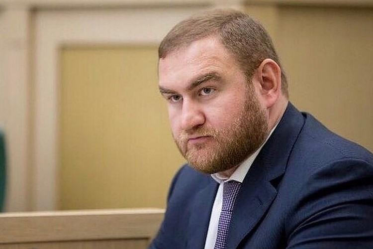 Сенатор КЧР Рауф Арашуков, задержанный 30 января