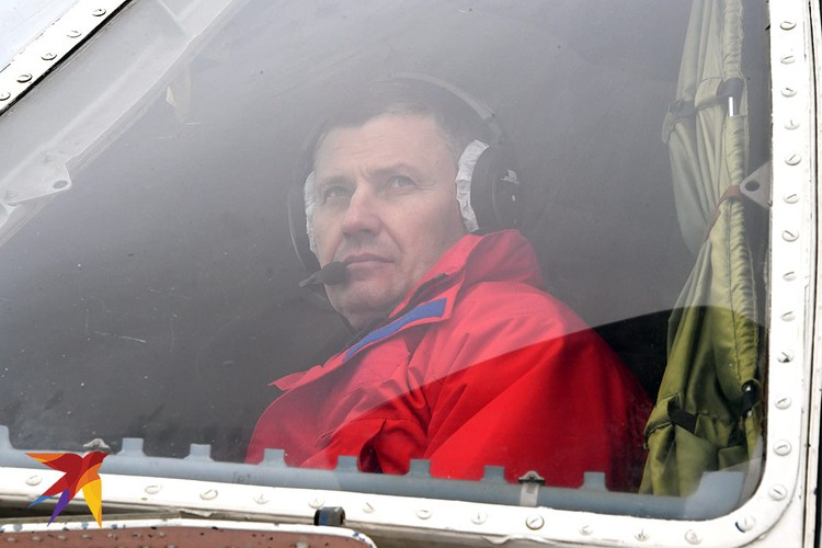 Командир авиационного звена Артур Шелешков.