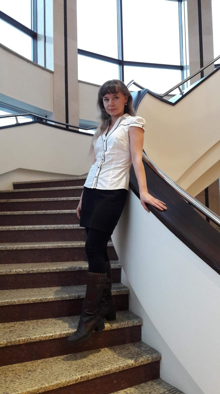 Красивая учительница, которую чуть не уволили из-за фото