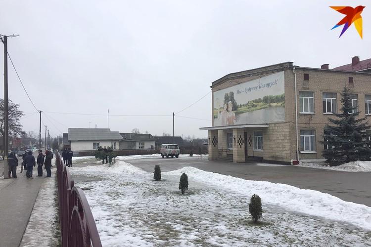 Трагедия произошла утром 11 февраля в школе №2 Столбцов.