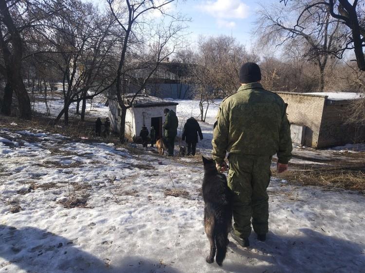 На месте взрывов работает следственная группа. Фото: СЦКК