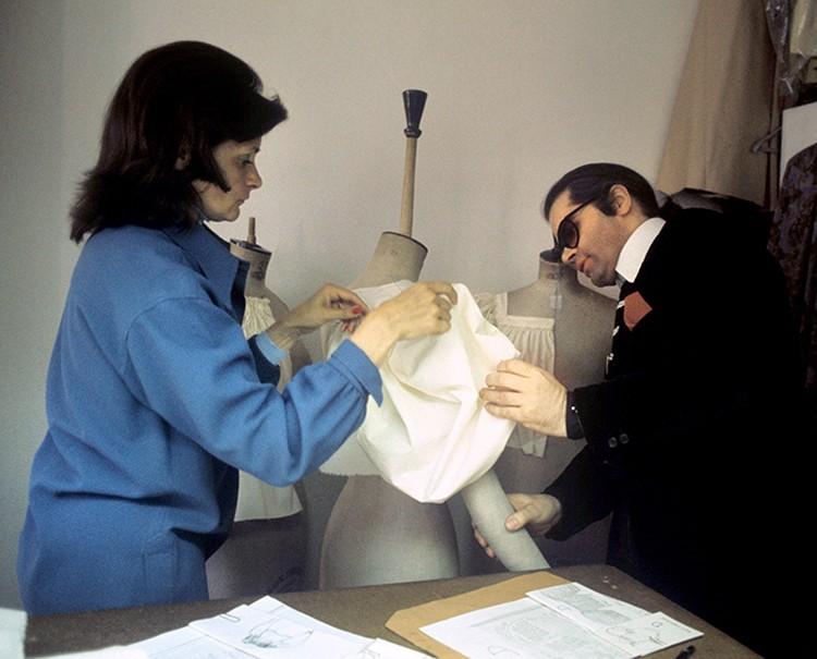 В 1994 году с подачи Карла в центре скандала оказался и дом Chanel