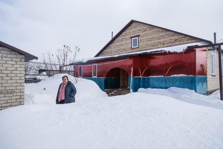 Дом классного руководителя Ольги Обуховой на окраине села