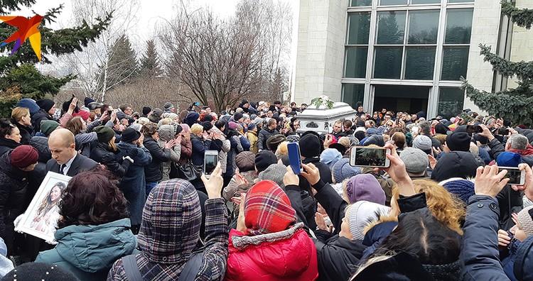В четверг, 21 марта, похоронили Юлию Началову