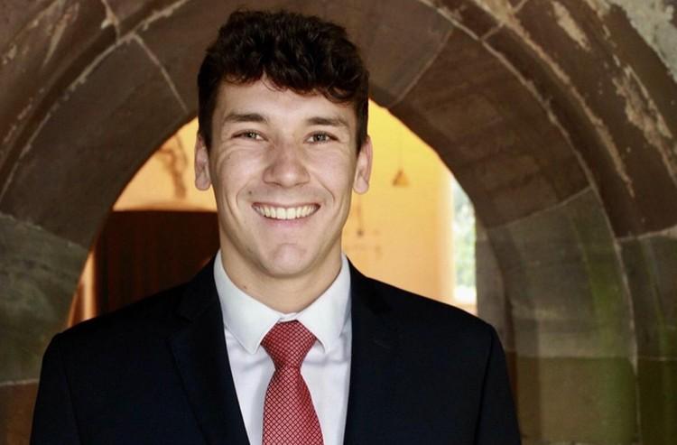 Мэтью Фурлонг после окончания университета решил пойти работать в полицию графства Чешир