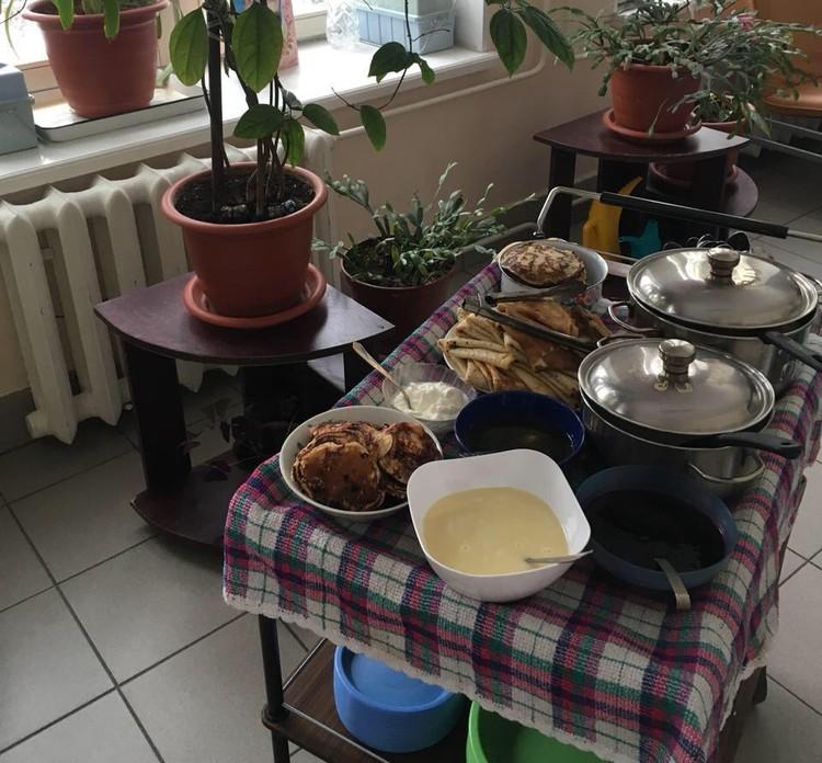 Алисовы помогли подарить праздник на Масленицу пациентам хосписа