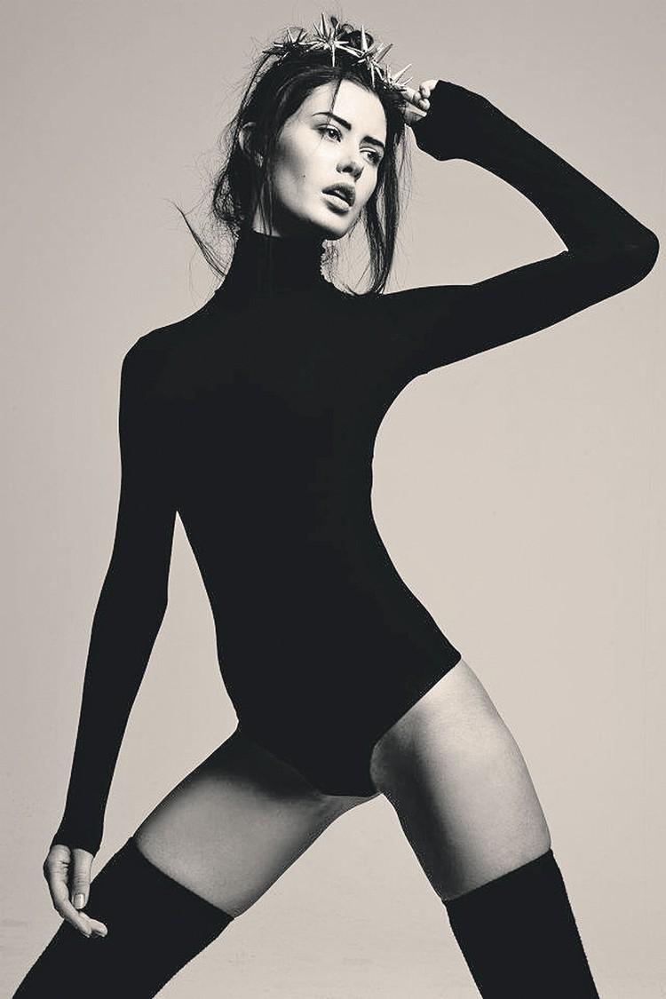 «Мисс Россия-2009» Софья Рудьева получает сотни предложений о съемках в рекламе, а вот предложения руки и сердца пока не приняла. Фото: facebook.com