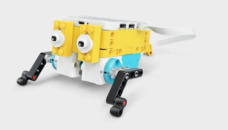 Конструкторы LEGO Education SPIKE Prime позволяют проектировать любые самые замысловатые механизмы. Фото: LEGO.