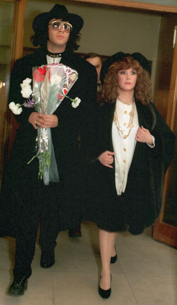 Алла с Филиппом Киркоровым, 1994 год. Фото Олега Булдакова /ИТАР-ТАСС/.