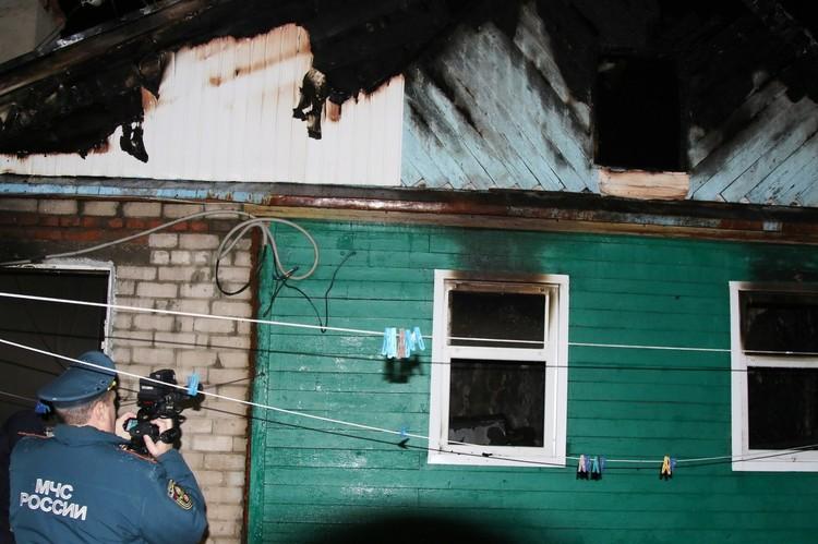 Общая площадь пожара составила 100 квадратов
