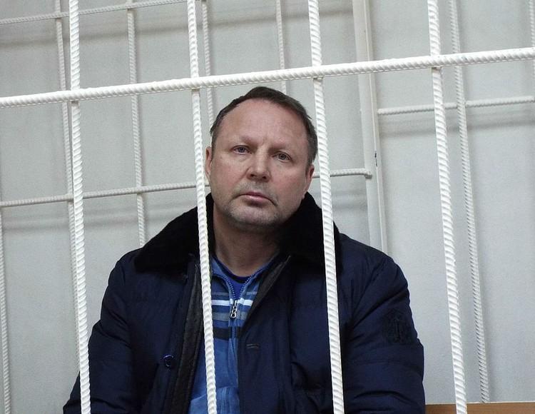 В банде Юрия Пичугина было свыше 20 человек. Сейчас главарю сообщества грозит пожизненный срок.