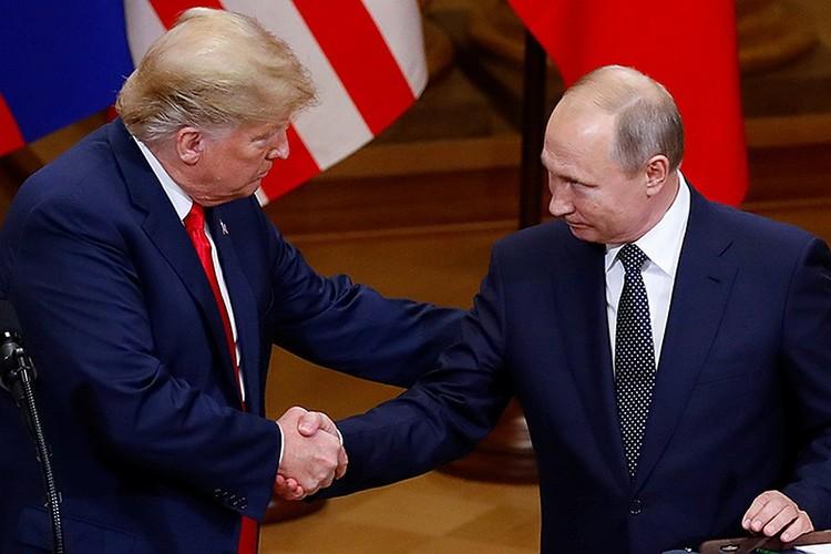 Дональд Трамп и Владимир Путин на переговорах в Хельсинки