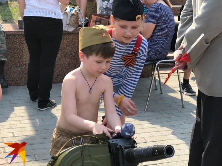 Дети интересуются оружием и военной техникой