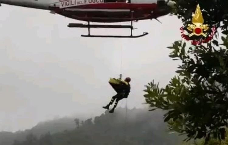 Для эвакуации пострадавших с тяжелыми травмами был использован вертолет.