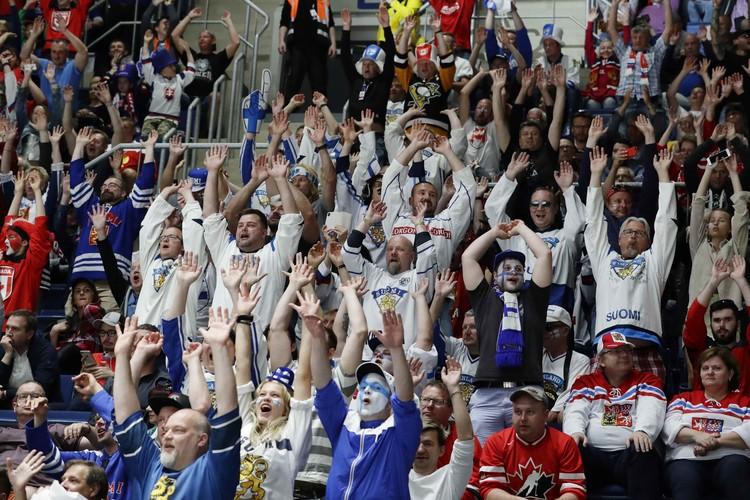 Болельщики команды Финляндии