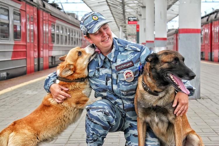 Рыжий с любимой хозяйкой и начальником Ольгой