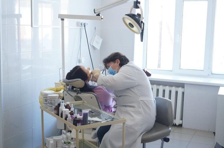 Зубной врач Надежда Петровна Топоркова