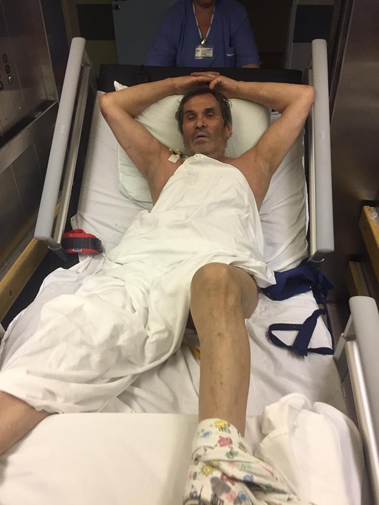 Бари Алибасов проснулся после пяти суток медикаментозного сна