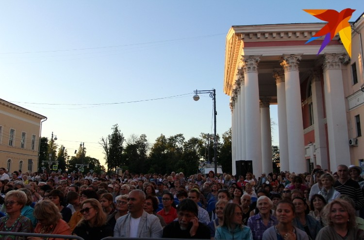 Концерты под открытым небом становятся традицией в Твери