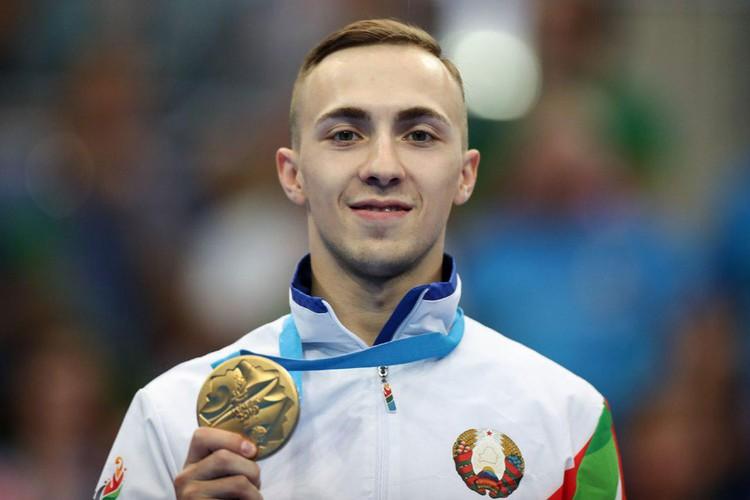Владислав Гончаров с золотой медалью. Фото: noc.by
