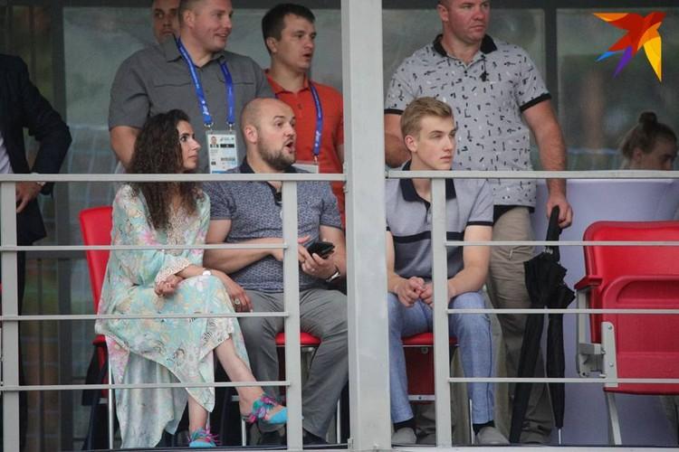 Николай Лукашенко пришел на матч сборной Беларуси по пляжному футболу.